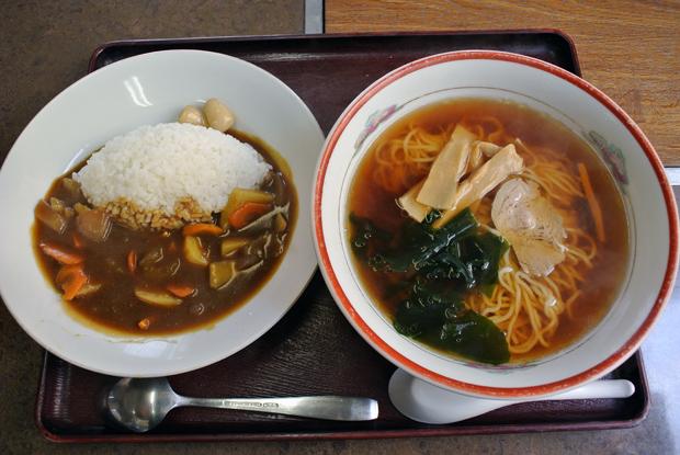 カレー・ラーメンセット(700円)