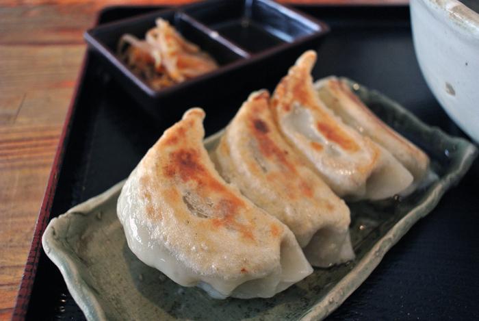 熟成田舎味噌らーめん 幸麺@宇都宮市戸祭元町 セットの餃子