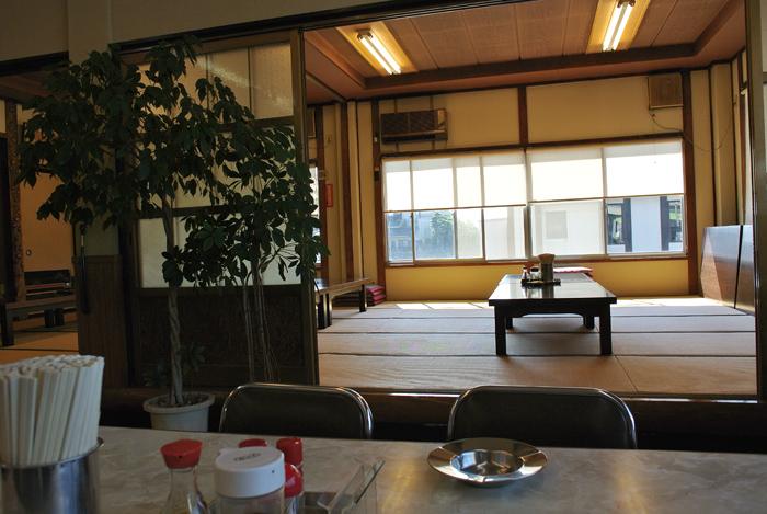 よしお食堂@宇都宮市関堀町 店内2