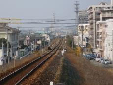 むこうには伊賀駅が
