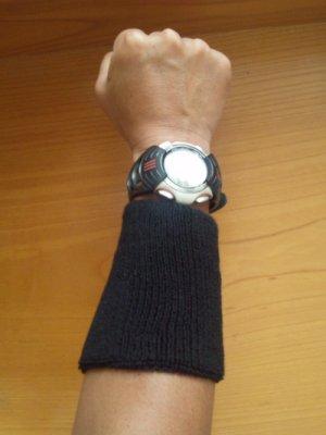 wrist_band_002.jpg