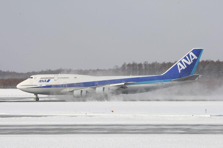 1402新千歳空港 (599)FC2