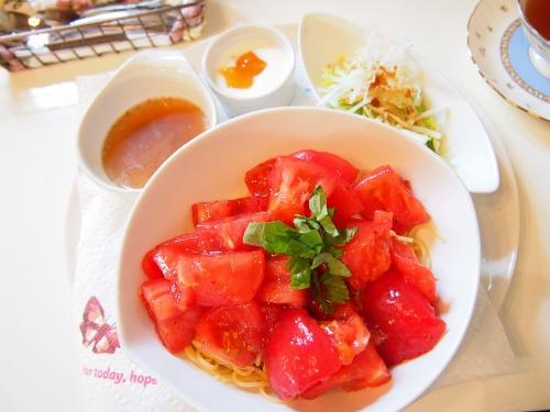 どっさりトマトの冷製スパ01@FIORETTO