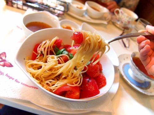 どっさりトマトの冷製スパ04@FIORETTO