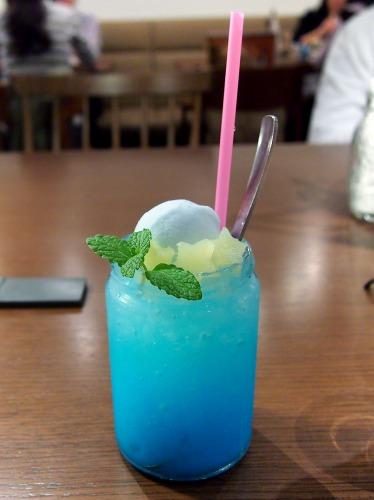 ララのスウィートソーダキキのドリーミーソーダ02@THE GUEST cafe&diner キキララカフェ