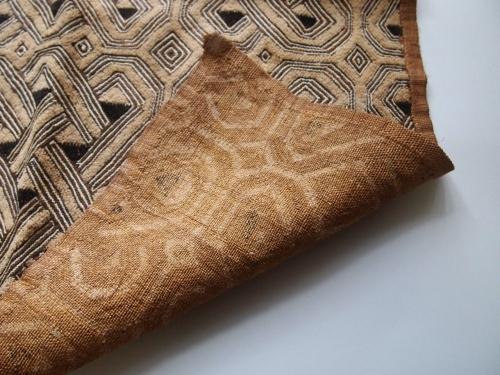 アフリカ古布クバ布クバ王国草ビロードシュワ族ラフィア手織り幾何学模様民藝02