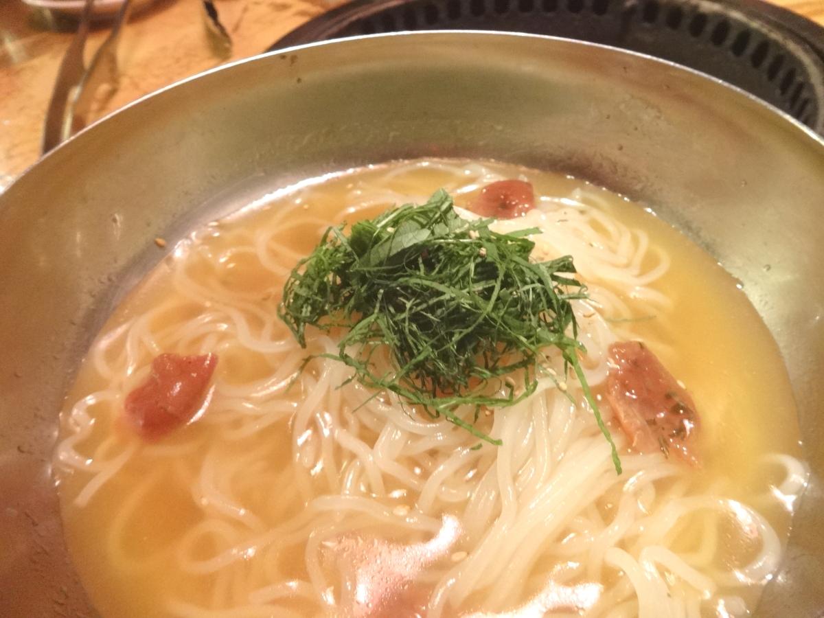 輪ゴム冷麺
