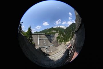 3 黒部ダム