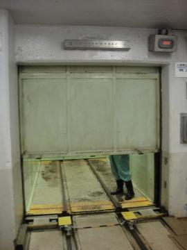 13 立抗エレベーター
