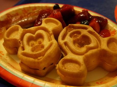 2014.3.29mickey waffles