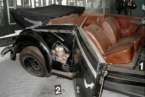 Reinhard Heydrich_Mercedes Benz 320 Cabriolet B_SS-3_02