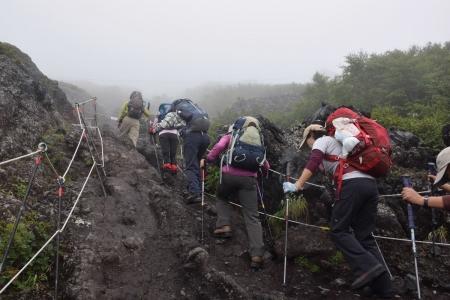 14登山道