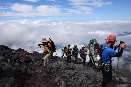 23登山道