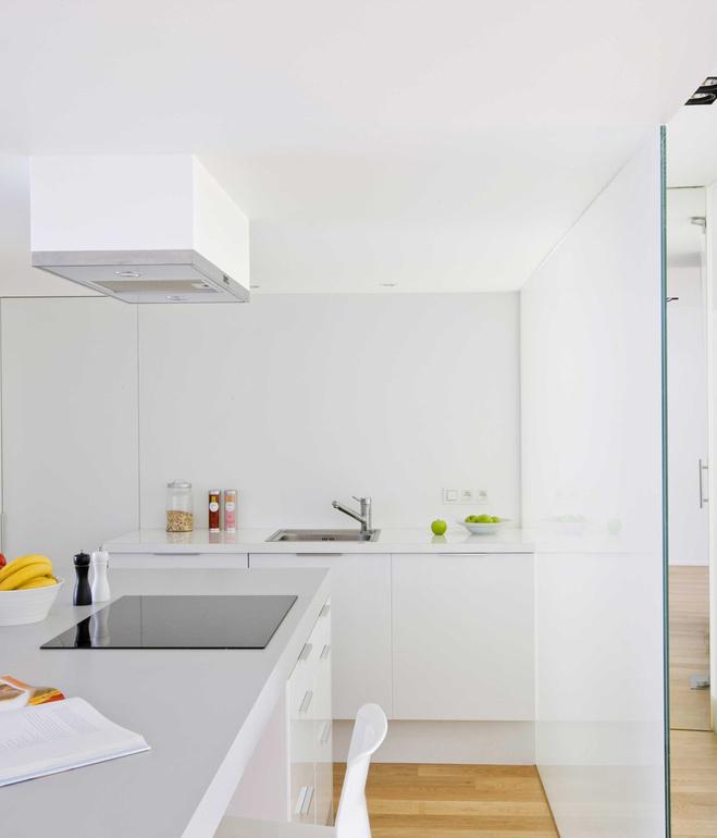 casa-h-brussels-kitchen-2.jpg