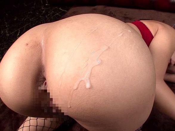 巨乳&デカ尻の星野ナミが尻コキや着衣SEXでドスケベプレイの脚フェチDVD画像5