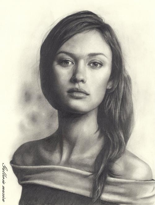 Olga Kurylenko 00