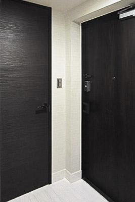 entrance2-400.jpg