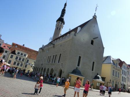 raekoda(旧市庁舎)1