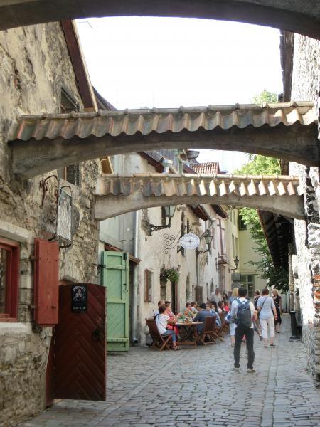 Tallinn Old Town 12