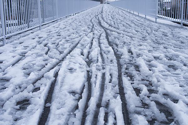 名残の雪-6