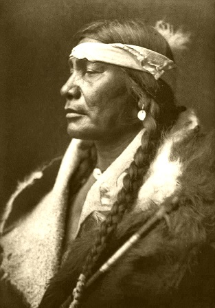 Edward_S__Curtis_Collection_People_013.jpg