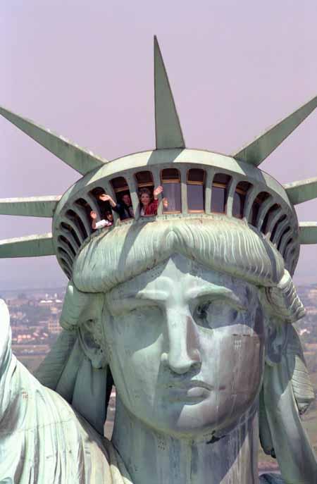 「自由の女神」の自由って、いったい誰のもの♥