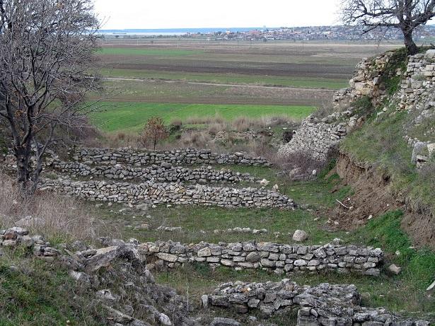 Troja-Blick-Schliemanngraben.jpg