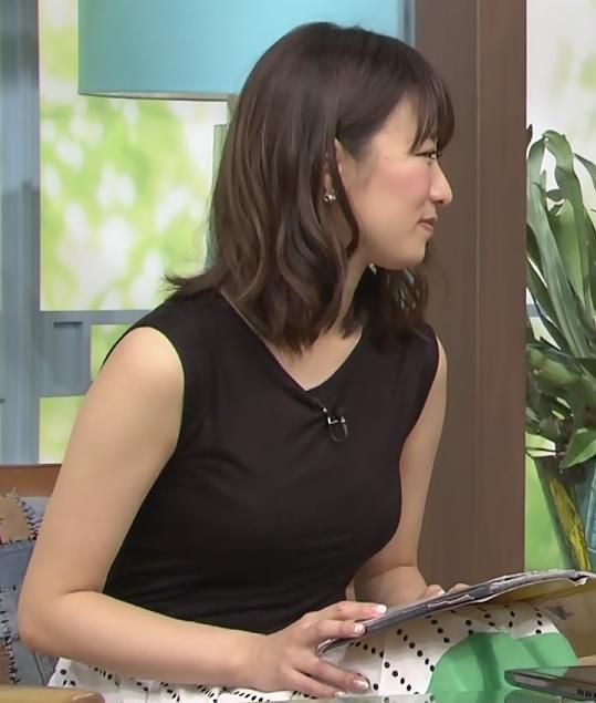 枡田絵理奈 胸の大きさがわかるタイトな服キャプ画像(エロ・アイコラ画像)