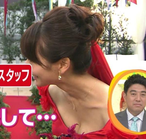 高見侑里 ウェディングドレスでおっぱい露出キャプ画像(エロ・アイコラ画像)