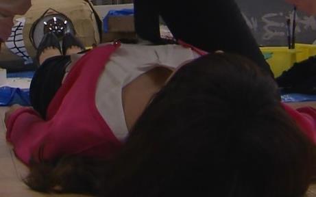 桐谷美玲 胸ちら、やっぱり大きいお胸。キャプ画像(エロ・アイコラ画像)