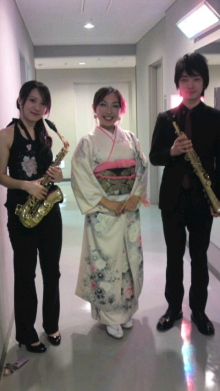 ソプラノ歌手♪佐藤智恵のオフィシャルブログ-100430_1855~010001.jpg